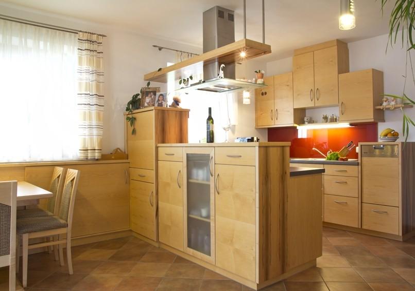 k che 19 kinberger tischlerei. Black Bedroom Furniture Sets. Home Design Ideas