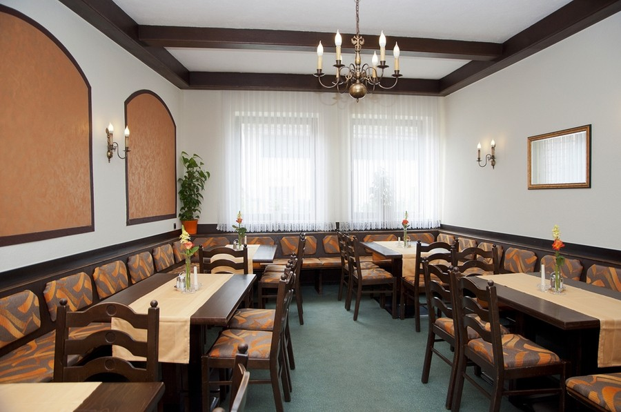w llersdorferhof in w llersdorf restaurant pension beherbergung gastronomie. Black Bedroom Furniture Sets. Home Design Ideas