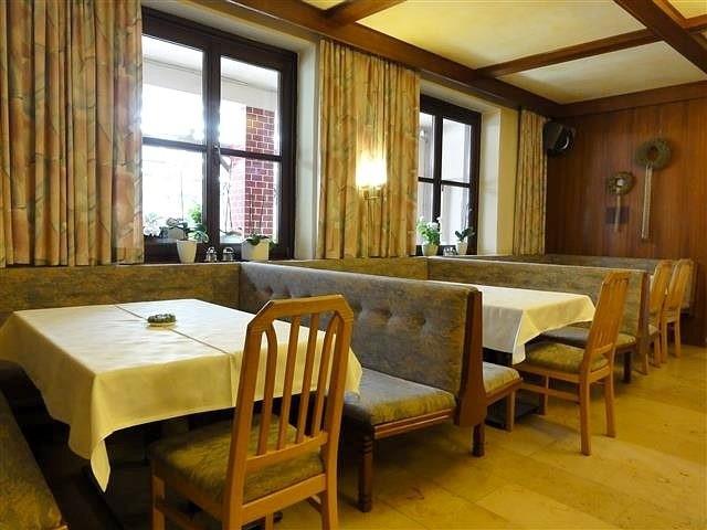 kleiner speisesaal (4) (gasthof preinfalk, gasthaus, restaurant, Esstisch ideennn