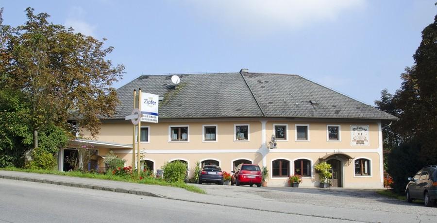 wirt z 39 leombach fam schliessleder gasthaus und jausenstation in sipbachzell. Black Bedroom Furniture Sets. Home Design Ideas