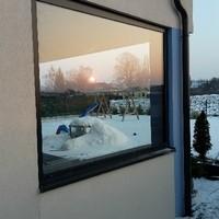 Windschutz mit Aluminiumrahmen