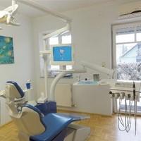 Behandlungsraum (1)