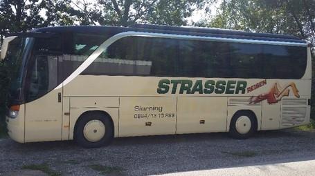 Strasser Taxi Mietwagen Busreisen 0664 1313899