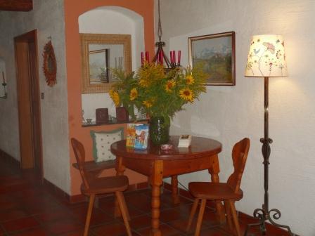 Der einladende Eingangsbereicht heißt Sie willkommen im Gasthaus Hollweger!