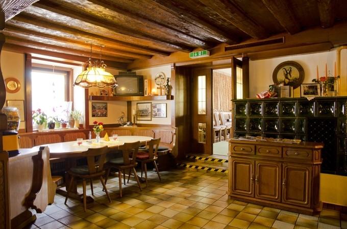 thumb w680 h800 Gasthaus Unterdechler Gastzimmer1