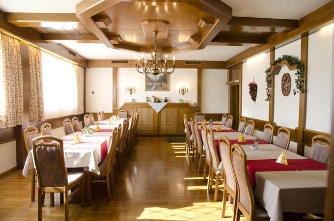 thumb w680 h800 Gasthaus Unterdechler Saal3