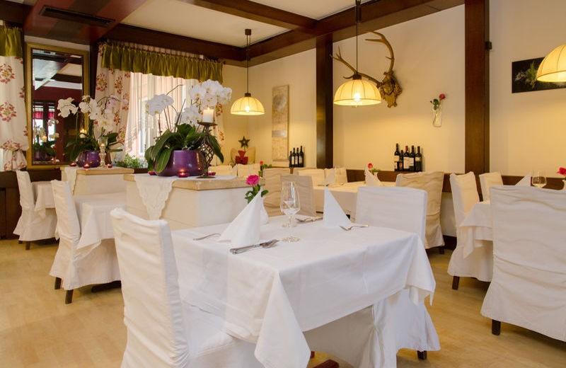 restaurant2