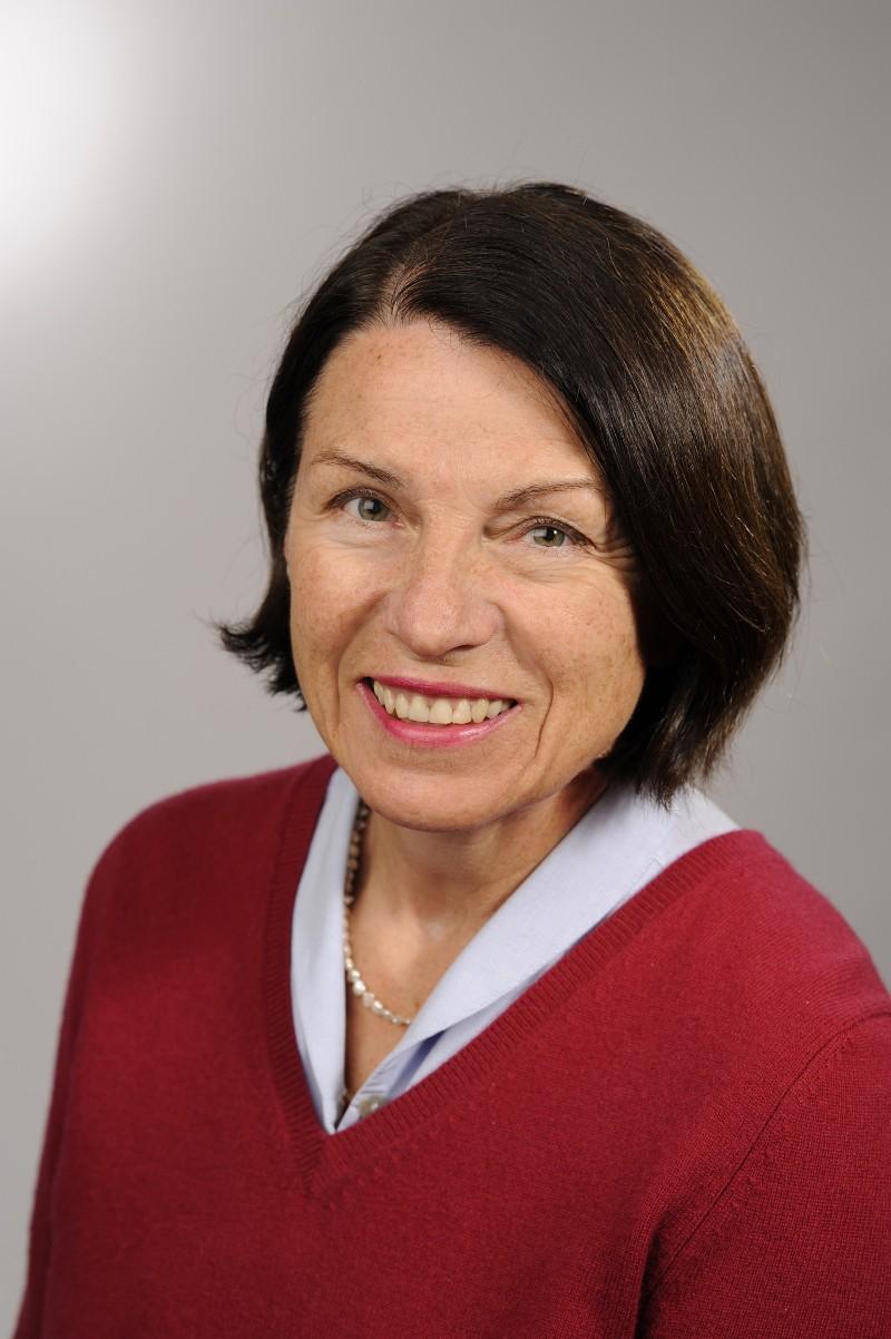 Dr. Gertrud Kaltenbäck