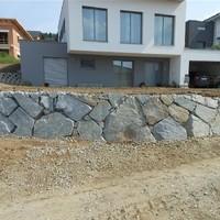 Steinmauer (104)