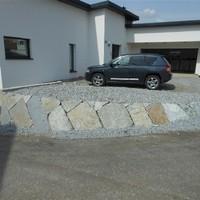 Steinmauer (105)