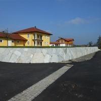 Steinmauer (70)