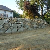 Steinmauer (92)