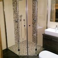 5 Eck Dusche mit bodenebenem Einbau