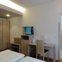 Gästezimmer (32)