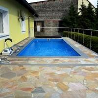 Pool & Terrassen (2)