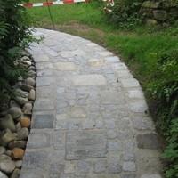 Naturpflastersteine alt und neu verlegt (13)