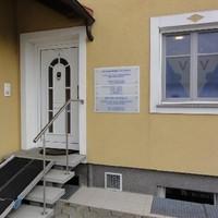 Behindertengerechter Praxis Zugang