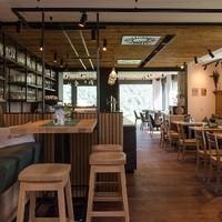Bernhard's Restaurant an der Donau10