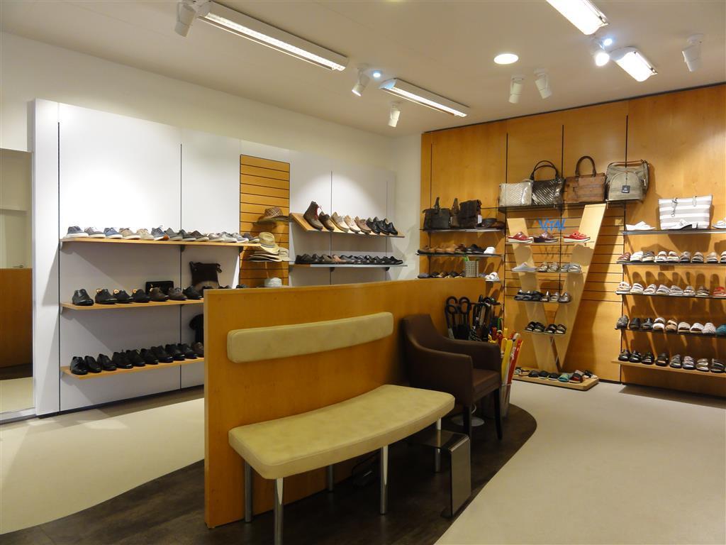 311820495434a0 Galerie (Schuhhaus IRANECK in Traun