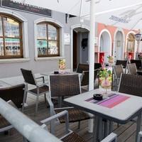 Ginzinger Bar Restaurant 14