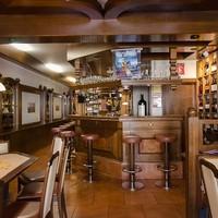 Ginzinger Bar Restaurant 1