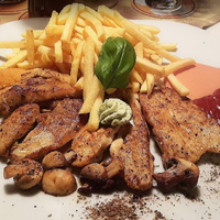 Ginzinger Bar Restaurant 20