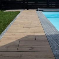 Keramische Platten mit Granitplatten kombiniert, lose verlegt (3)