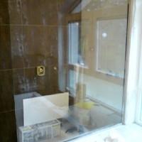 Trennwand Dusche/ Badewanne