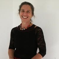 Dr. Anna Brucker
