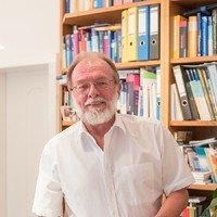 Dr. Arthur Bernhard Brucker FA für Neurologie2