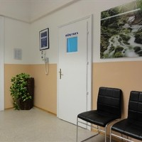 Wartebereich und Röntgen