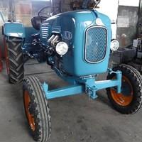 Oldtimerrestaurierung Warchalowski Traktor (1)