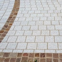 Neuhauser Landhausplatten Porphyr Würfel 1