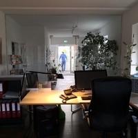 Schreibtischschutz mit Leisten