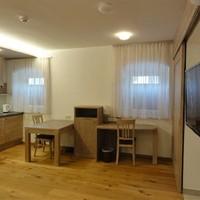 Appartements mit Küche und Klimaanlage (3)