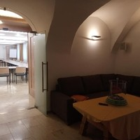 Blick in den Seminar-Raum bzw. Vortrags-Saal von der Lounge