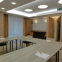 Eingang Seminar-Raum und Vortrags-Saal