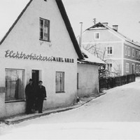 3 1957, Die moderne Elektrobäckerei