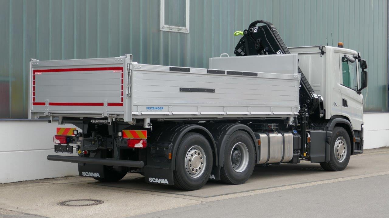 3-Seitenkipperaufbau auf 26t LKW Fahrgestell
