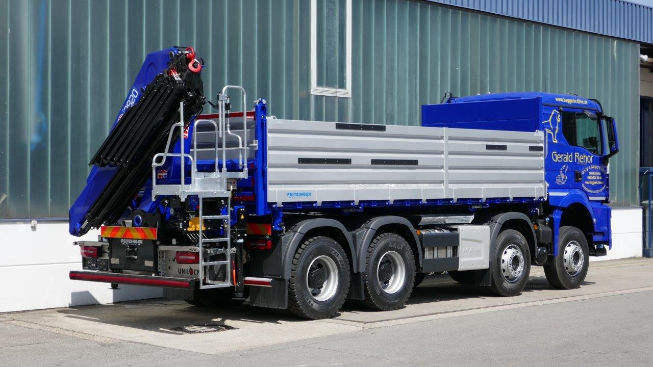 3-Seitenkipperaufbau auf 32t LKW Fahrgestell