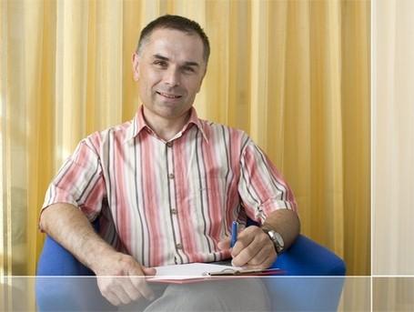 FA. für Kinder- und Jugendpsychiatrie | FA für Kinder- und Jugendheilkunde  Dr. Adrian Kamper