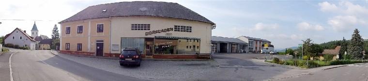 Aussenansicht Dorfladen, St. Leonhard