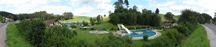 Aussenansicht Freibad Schönau