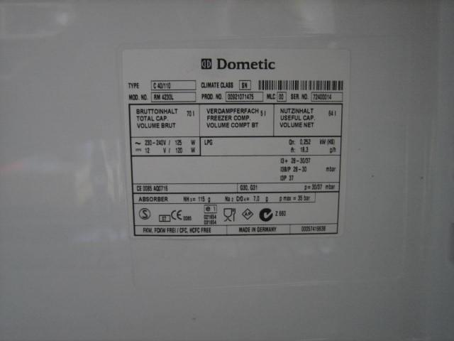 Dometic Spezial Kühlschrank für Wohnmobil 12V / 230V / Gasbetrieb ...