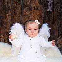 Frohe Weihnachten wünscht unsere kleine Sophie!