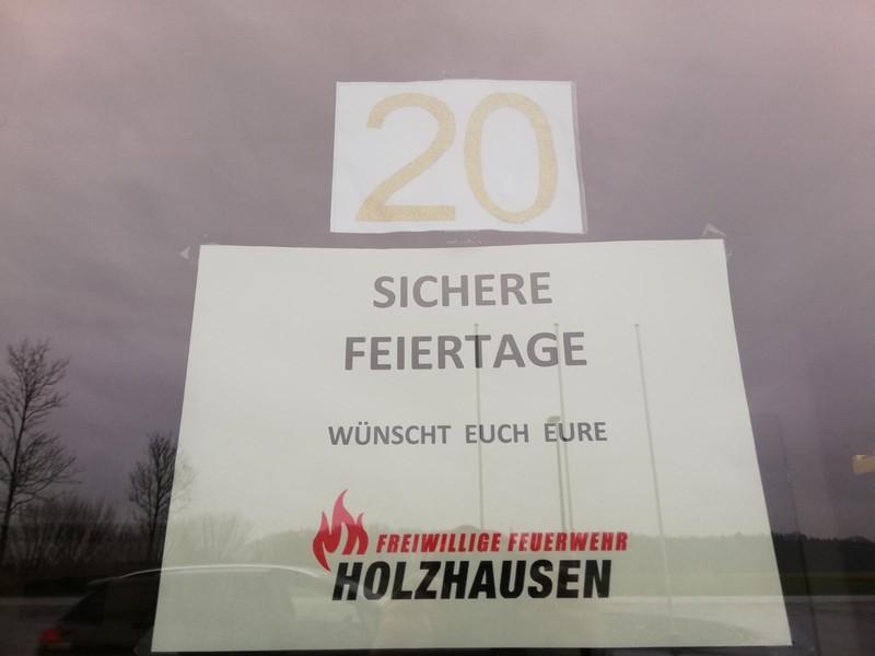 Holzhausner Adventsfenster