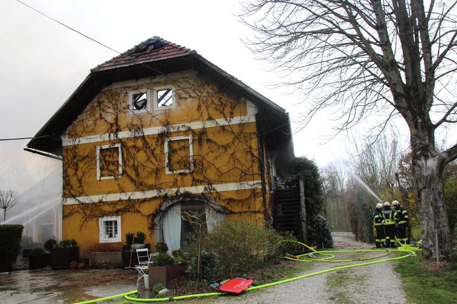 Einsatz: Großbrand eines Wohnhauses in Kranzing
