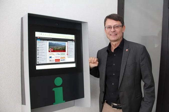 Inbetriebnahme der Gemeindeausstellung Zirl