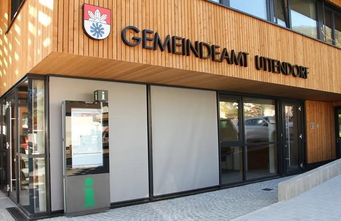 Inbetriebnahme der Gemeindeausstellung Uttendorf