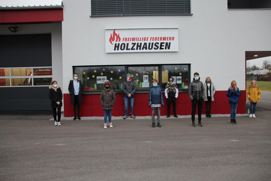 Holzhausner Adventsfenster